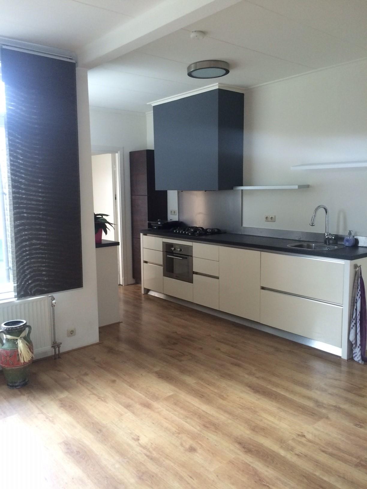 Te huur 1026 huis op korte afstand van het centrum van enschede twents vast enschede - Center meubilair keuken ...