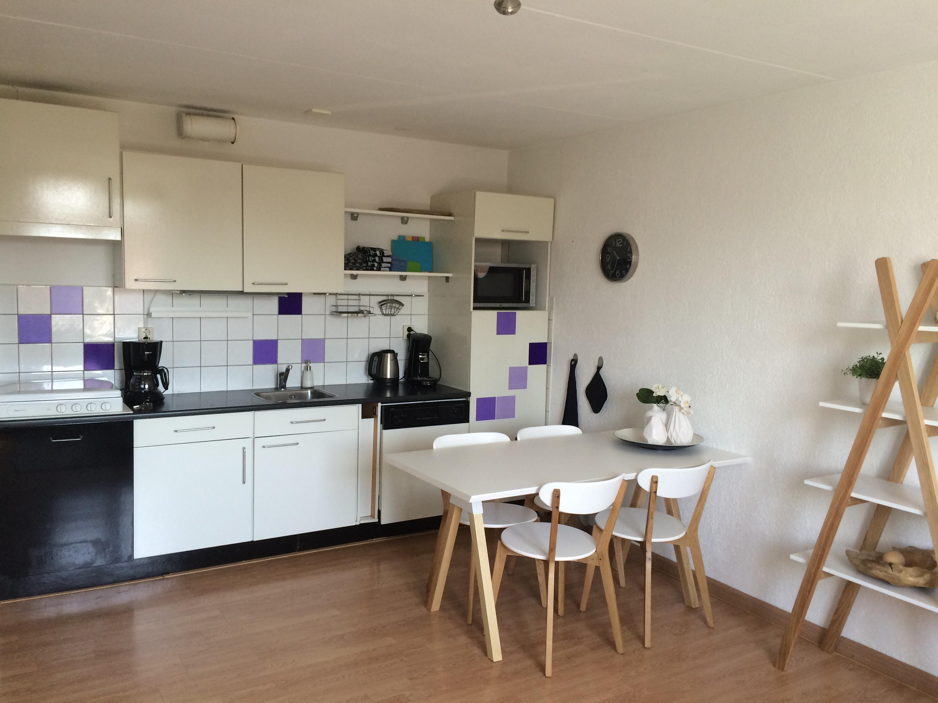 Te huur 2034 volledig gemeubileerd appartement in het centrum van enschede twents vast enschede - Center meubilair keuken ...