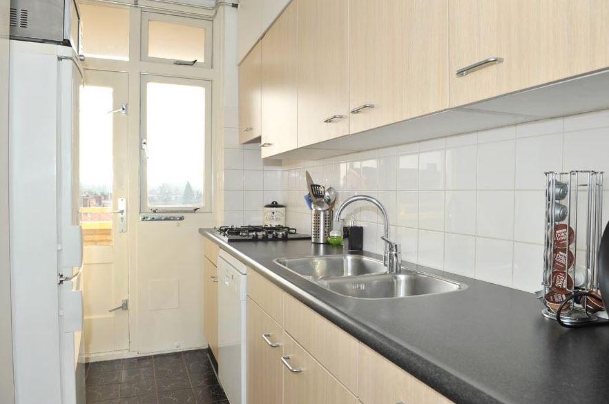 Te huur 2046 vierkamerappartement vlakbij het centrum van almelo twents vast enschede - Center meubilair keuken ...